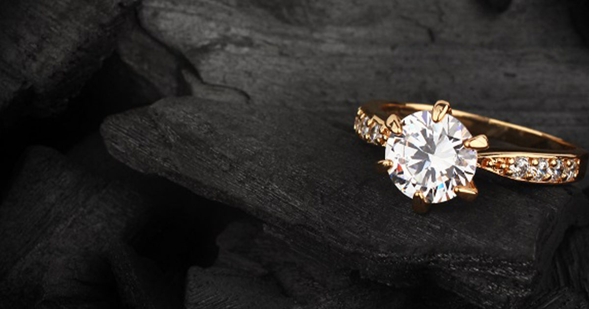 高値がつく宝石の売り方とは|高く売るコツと査定ポイントを解説